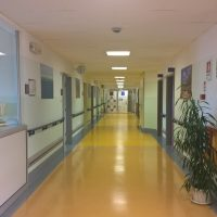Sede IOV di Castelfranco Veneto: corridoio ambulatori